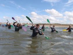 Marche aquatique en groupe