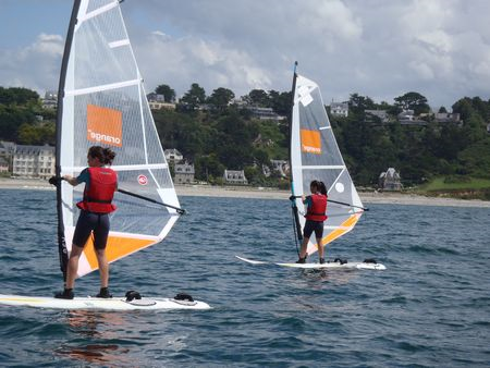 """stage """"STRESS AWAY"""" planche à voile 2021"""