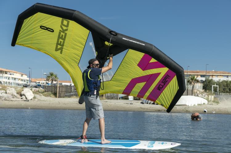 Wing session 2 heures (initiation sur paddle ou planche à dérive)