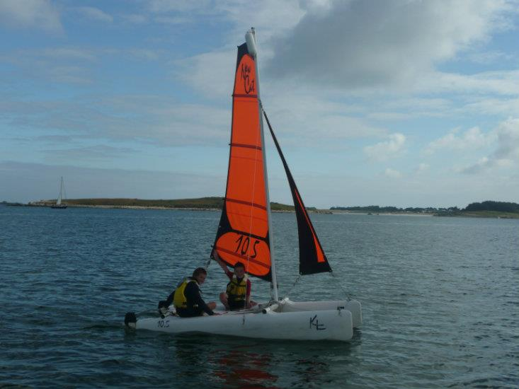 Mini Catamaran(St Pabu)
