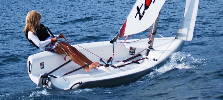 Location Dériveur Topaz Uno (Race X)  1H30