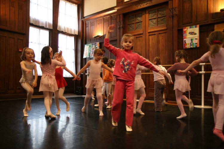 Initition à la danse 5/6 ans