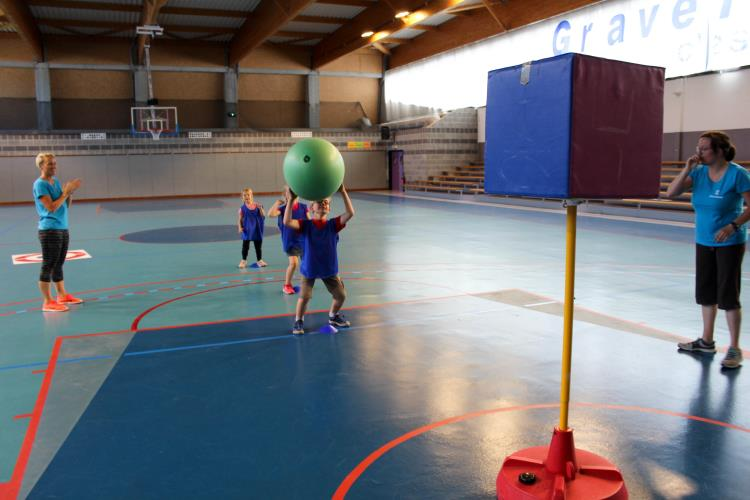 6-8 ans Multisports Dominantes Escalade/ Bowling et Rollers