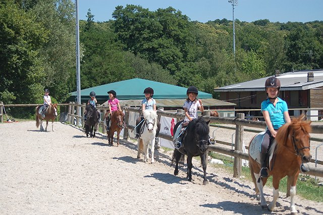 """AOUT 2019 Stage """" Initiation 7/12 ans"""" ( semaine 33)"""