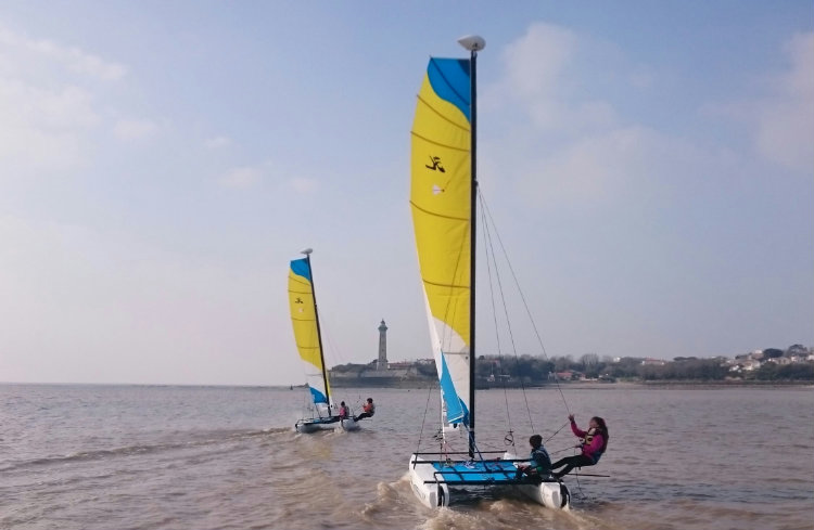 Location hobie cat T1