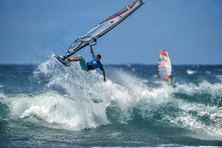 STAGE PLANCHE A VOILE PERFECTIONNEMENT