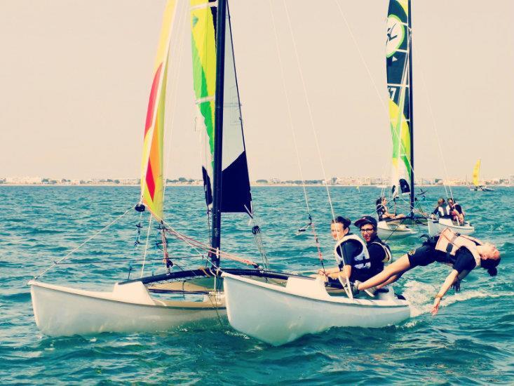 Catamaran-Avancé, Ecole de Mer