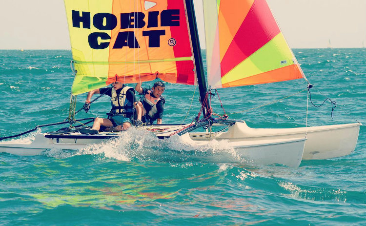 Catamaran-débutant, 15ans+