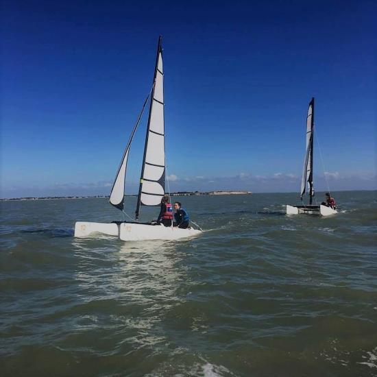 Stage mer été - Catamaran jeune Initiation