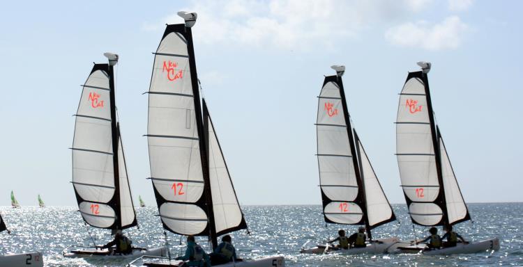 Catamaran NEW CAT 12 Été 2020