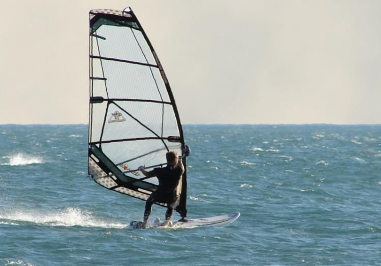 STAGE PLANCHE A VOILE