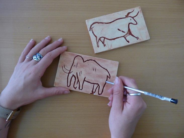 """Atelier enfant 7 - 12 ans """"Gravure d'empreintes d'animaux"""" - Jeudi 24 octobre"""