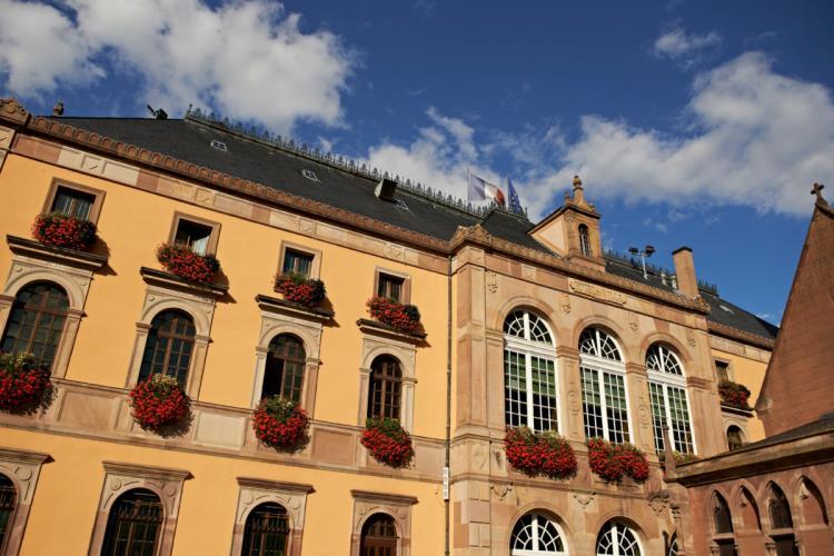 Visite guidée de l'ancienne salle de justice de l'Hôtel de Ville pour groupes - 45MINUTES